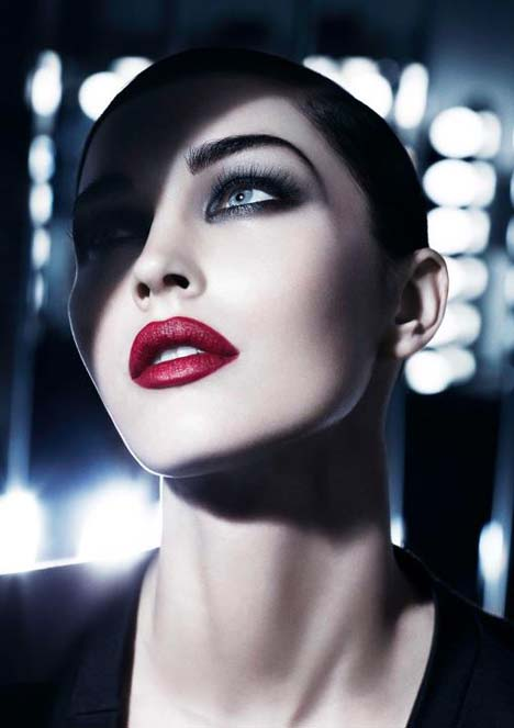 Megan-Fox-Armani-Christmas-ad-4